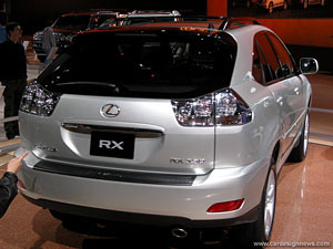 The back of the Lexus RX330